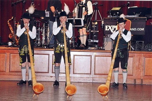 Traditional Instruments Die Gem 252 Tlichen Schuhplattler